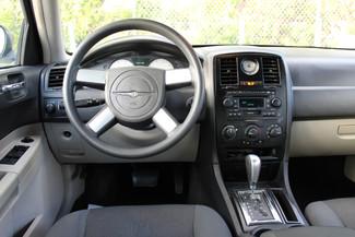 2005 Chrysler 300 Hollywood, Florida 16