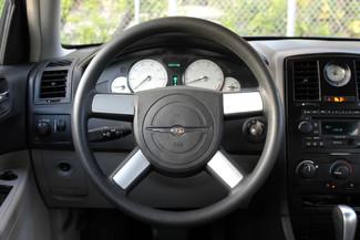 2005 Chrysler 300 Hollywood, Florida 17