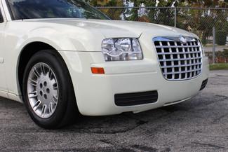 2005 Chrysler 300 Hollywood, Florida 39
