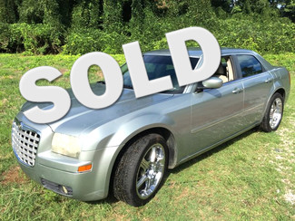 2005 Chrysler-Buy Here Pay Here!! 300-WITH CHROME RIMS!! Limited-CARMARTSOUTH.COM Knoxville, Tennessee