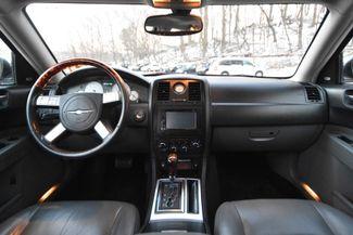 2005 Chrysler 300C Naugatuck, Connecticut 12
