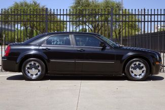 2005 Chrysler 300 1-OWNER * Limited * SUNROOF *Heated Seats *CHROMES Plano, Texas 2