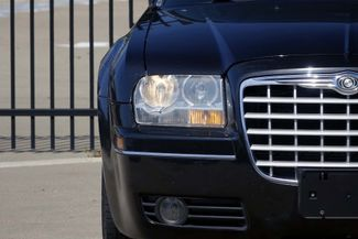 2005 Chrysler 300 1-OWNER * Limited * SUNROOF *Heated Seats *CHROMES Plano, Texas 30