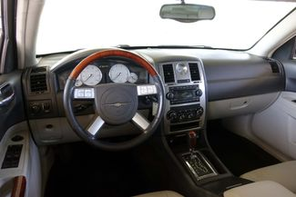 2005 Chrysler 300 1-OWNER * Limited * SUNROOF *Heated Seats *CHROMES Plano, Texas 10