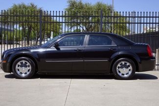 2005 Chrysler 300 1-OWNER * Limited * SUNROOF *Heated Seats *CHROMES Plano, Texas 3