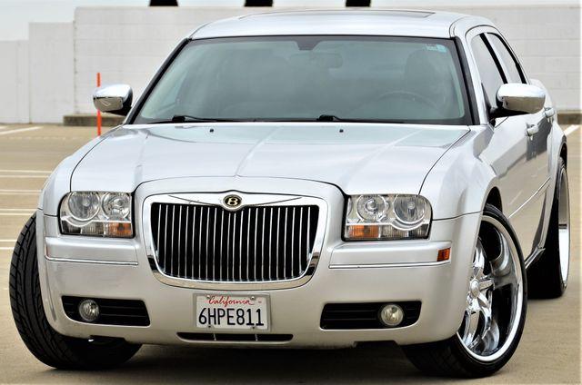 2005 Chrysler 300 Touring Reseda, CA 8