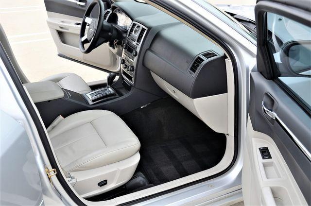 2005 Chrysler 300 Touring Reseda, CA 17