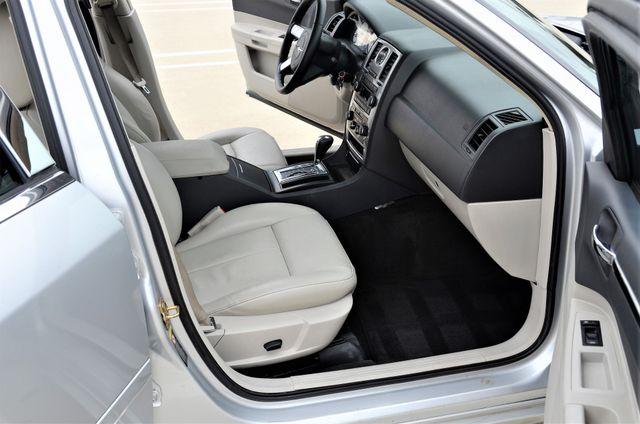 2005 Chrysler 300 Touring Reseda, CA 18