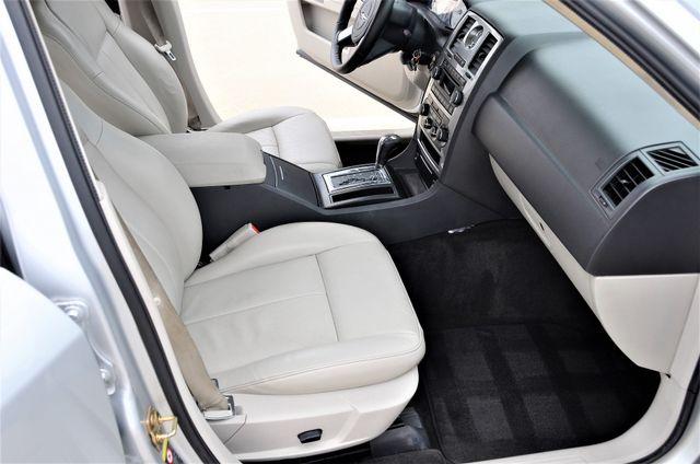 2005 Chrysler 300 Touring Reseda, CA 19