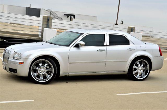 2005 Chrysler 300 Touring Reseda, CA 10