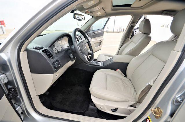 2005 Chrysler 300 Touring Reseda, CA 26