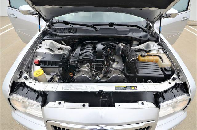 2005 Chrysler 300 Touring Reseda, CA 28