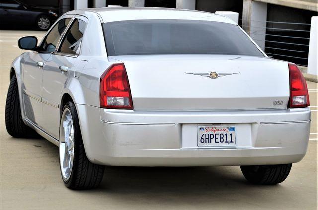 2005 Chrysler 300 Touring Reseda, CA 9
