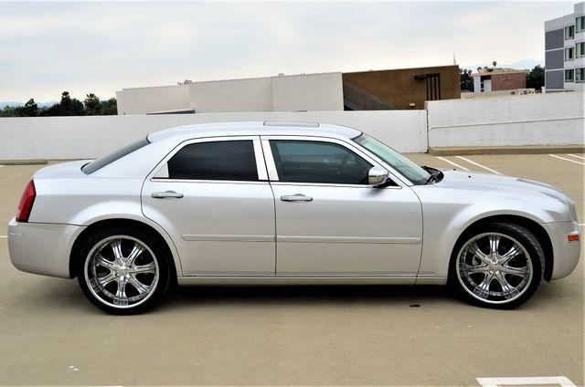 2005 Chrysler 300 Touring Reseda, CA 13