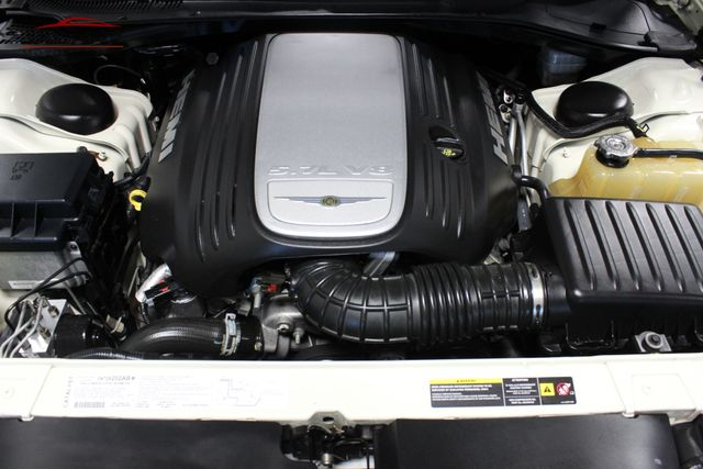 2005 Chrysler 300C Merrillville, Indiana 8