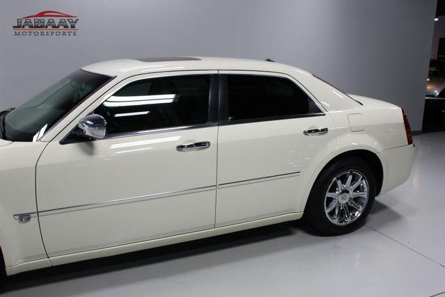 2005 Chrysler 300C Merrillville, Indiana 32