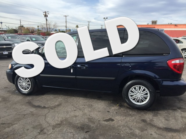 Used Cars in Las Vegas 2005 Chrysler Town and Country