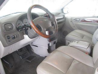 2005 Chrysler Town & Country Limited Gardena, California 4