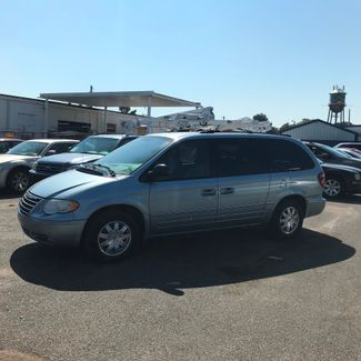 2005 Chrysler Town & Country Touring Memphis, Tennessee