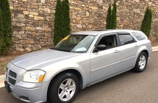 2005 Dodge-Buy Here Pay Here!! Magnum-3.5 V6!! AUTO!! HARD TO FIND!! SXT-WWWCARMARTSOUTH.COM Knoxville, Tennessee 2