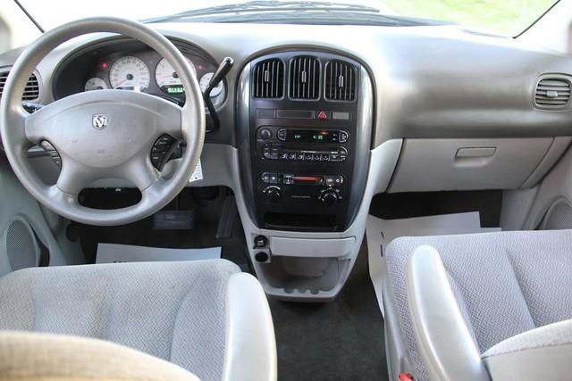 2005 Dodge Caravan SXT Santa Clarita, CA 7