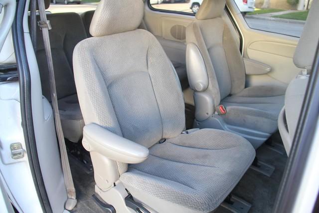 2005 Dodge Caravan SXT Santa Clarita, CA 15