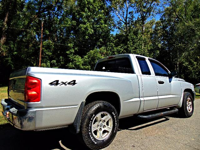 2005 Dodge Dakota SLT 4X4 Leesburg, Virginia 1