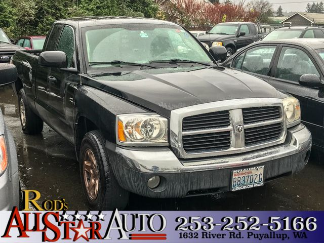 2005 Dodge Dakota SLT 4WD The CARFAX Buy Back Guarantee that comes with this vehicle means that yo