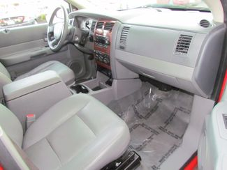 2005 Dodge Durango SLT 4 x 4  Leather Sacramento, CA 13