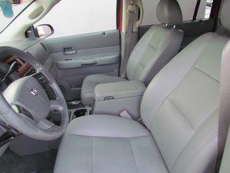 2005 Dodge Durango SLT 4 x 4  Leather Sacramento, CA 9