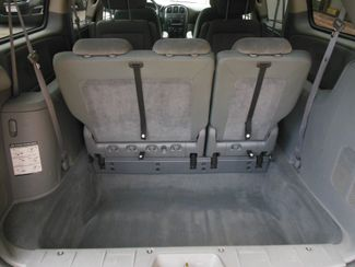 2005 Dodge Grand Caravan SXT Clinton, Iowa 16