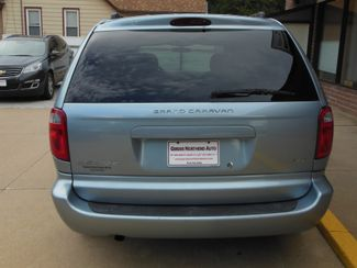 2005 Dodge Grand Caravan SXT Clinton, Iowa 18