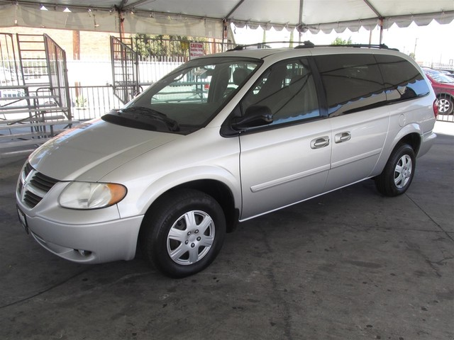 2005 Dodge Grand Caravan SE This particular Vehicle comes with 3rd Row Seat Please call or e-mail