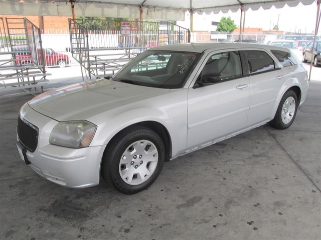 2005 Dodge Magnum SE Please call or e-mail to check availability All of our vehicles are availa