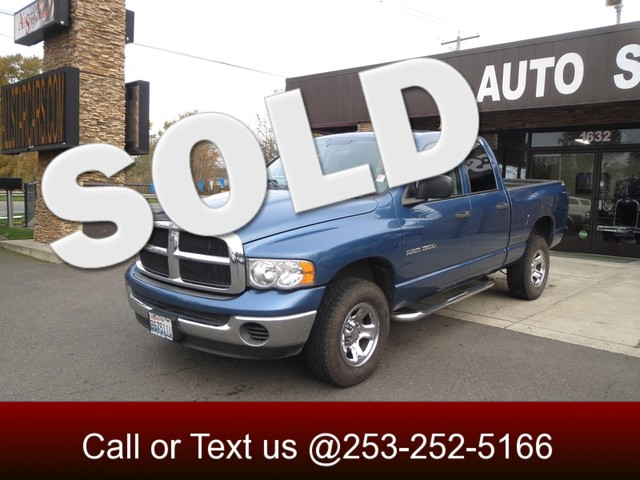 2005 Dodge Ram 1500 SLT 4WD Quad Cab - 4X4 - 47 V8 - Running Boards - Bed Liner - Tow Package The