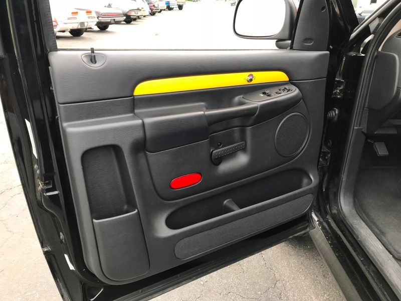 2005 Dodge Ram 1500 Rumble Bee 4x4  St Charles Missouri  Schroeder Motors  in St. Charles, Missouri