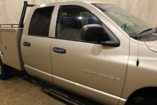 2005 Dodge Ram 2500 Utlity with a plow Roscoe, Illinois 9