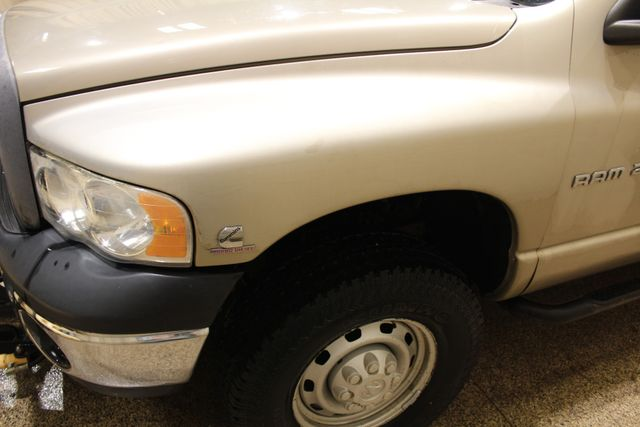 2005 Dodge Ram 2500 Utlity with a plow Roscoe, Illinois 6