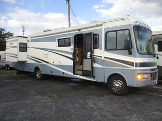 2005 Fleetwood Bounder  in Hudson, Florida