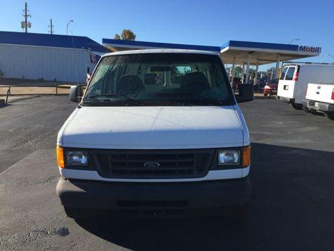 2005 Ford E150 Vans Econoline   Gilmer, TX   H.M. Dodd Motor Co., Inc. in Gilmer, TX