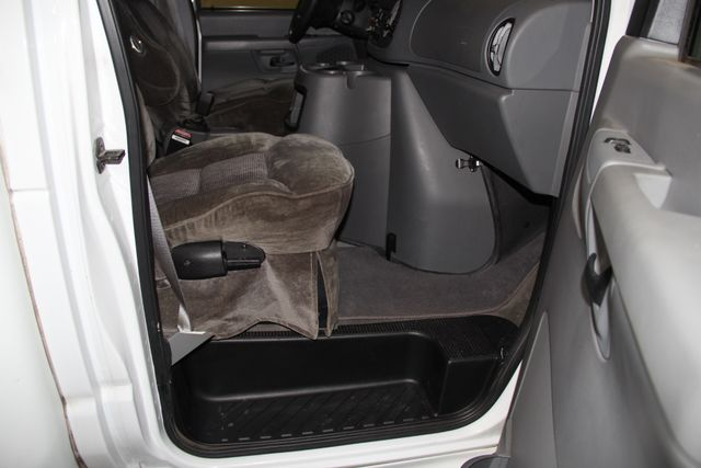 2005 Ford Econoline Commercial Cutaway Jacksonville , FL 40