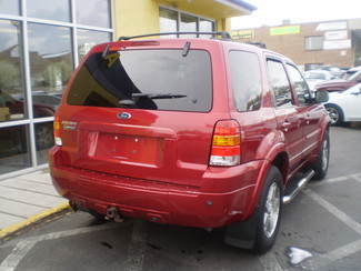 2005 Ford Escape Limited Englewood, Colorado 4
