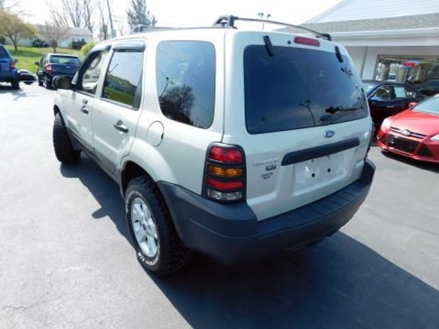 2005 Ford Escape XLT Ephrata, PA 5