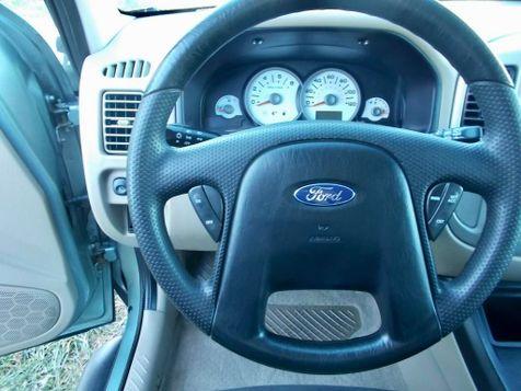 2005 Ford Escape XLT | Harrisonburg, VA | Armstrong's Auto Sales in Harrisonburg, VA