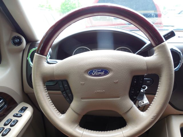 2005 Ford Expedition King Ranch Leesburg, Virginia 46