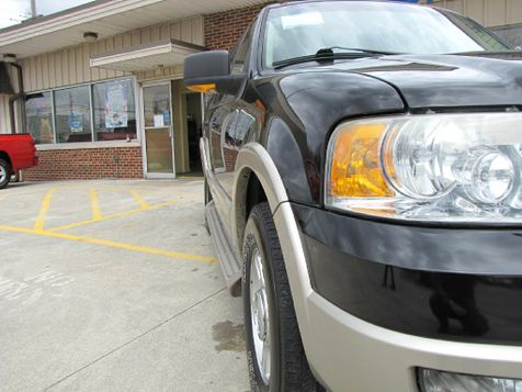 2005 Ford Expedition Eddie Bauer | Medina, OH | Towne Auto Sales in Medina, OH