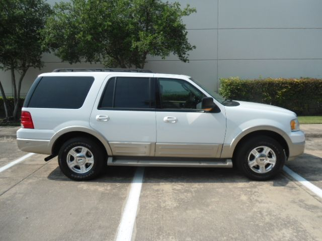 2005 Ford Expedition Eddie Bauer Service Records Plano, Texas 1