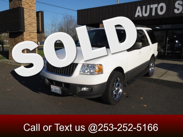 2005 Ford Expedition XLT Sport 4WD The CARFAX Buy Back Guarantee that comes with this vehicle mean