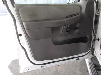 2005 Ford Explorer XLT Gardena, California 8