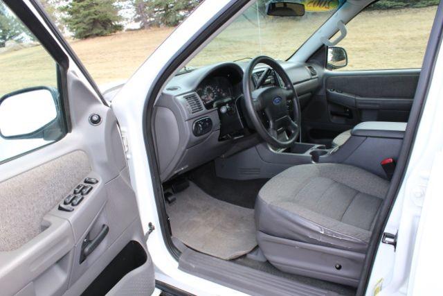 2005 Ford Explorer XLS 40L 4WD  city MT  Bleskin Motor Company   in Great Falls, MT